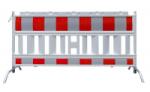 Schrankenzaun -Euro I-, Länge 2100 mm, rot / weiß, mit schwenkbaren Stahlfüßen