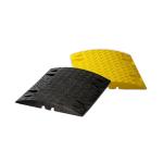 Temposchwelle &lt,30 km / h aus Recyclingmaterial mit Reflektoren, H&ouml;he 30 mm (Modell/Farbe/Breite:  <b>Endst&uuml;ck schwarz</b><br>&lt,30 km/h, H&ouml;he 30mm<br>420x215mm (Art.Nr.: 12881))