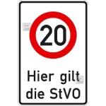 Verkehrsschild, Hier gilt die StVO - zulässige Höchstgeschwindigkeit 20 km / h
