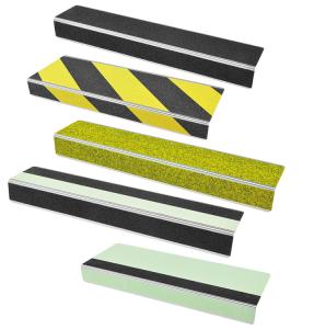 Antirutsch-Treppenkantenprofil, Rutschhemmung R13, Tiefe 100 mm (Länge/Farbe Antirutschbelag: 600 mm/  <b>schwarz</b> (Art.Nr.: 37103))