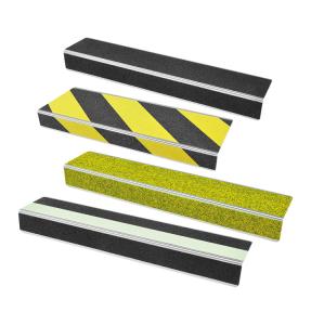 Antirutsch-Treppenkantenprofil -WT-5409-, Rutschhemmung R13, Tiefe 100 mm (Länge/Farbe Antirutschbelag: 600 mm/  <b>schwarz</b> (Art.Nr.: 37103))