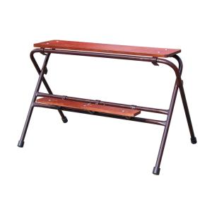 Arbeitstritt lackiert, zusammenklappar, verschiedene Breiten und Höhen (Stufen/Breite/Höhe: 2 Stufen/0,60m/0,70m (Art.Nr.: 10151))