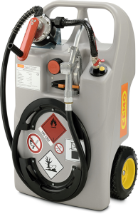 Dieseltrolley -CEMO- mit Kurbel- oder Elektropumpe, 60 o. 100 Liter aus PE, ADR 1.1.3.1 c (Volumen/Maße (LxBxH)/Ausstattung:  <b>60 Liter</b><br>900x520x370mm, Räder Ø 240mm<br>inkl.  <b>Kurbelpumpe</b> mit 0,38l pro Umdrehung und Zapfvent