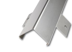 Eckschutzprofil aus Edelstahl, 3-fach gekantet mit Anker, Oberfläche glatt, Länge 1500 bis 3000mm