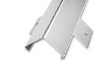 Eckschutzprofil, aus Edelstahl, 3-fach gekantet mit Anker, Oberfläche spiegelblank, Länge 2000 bis 2500 mm