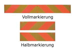Heckmarkierungen Hart-Aluminium o. Folie, ECE 70, für Zugmaschinen, Voll- / Halb- / Viertelmarkierung (Modell/Maße (BxH)/Material/Stückanzahl:  <b>Vollmarkierung starr<br>mit Kunststoff-Fassung</b><br>seitlich 10 mm abgekantet<br>132 x 1132