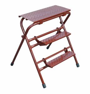 Klappbock / Arbeitstritt, in Länge 600 oder 1000 mm (Modell/Maße (HxB)/Standfläche (BxT)/Maße Stufen(LxT)/Abmessung aufgestellt(HxB)/zusammengelegt(HxBxT):  <b>Klappbock medi</b><br>750 x 750 mm / 600 x 250 mm<br>Gewicht: 15 kg (Art.N