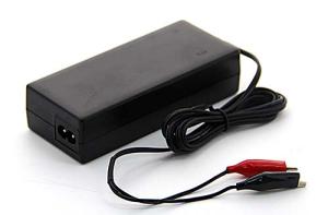 Ladegerät 100 - 240 V, 14,4 V, 3 A (Ausführung: Ladegerät 100 - 240 V, 14,4 V, 3 A (Art.Nr.: 37860))