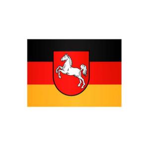 Landesflagge Niedersachsen, Stoffqualität FlagTop 110 g / m² oder 160 g / m² (Maße (LxB)/Format/Konfektionierung/Stoffqualität:  <b>60 x 90 cm</b> (Querformat)<br>mit Seil und Schlaufe<br>FlagTop  <b>110 g/m²</b><br>für F