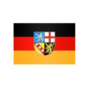 Landesflagge Saarland, Stoffqualität FlagTop 110 g / m² oder 160 g / m² (Maße (LxB)/Format/Konfektionierung/Stoffqualität:  <b>60 x 90 cm</b> (Querformat)<br>mit Seil und Schlaufe<br>FlagTop  <b>110 g/m²</b><br>für Fahnen