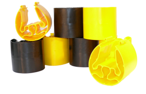 Regalanfahrschutz -Embrace- aus HDPE, Gesamthöhe 400 mm, gem. FEM 10.02.02, AS4084 getestet (Set/Stützenbreite/Stützentiefe:  <b>3-er Set</b> (2xgelb+1xschwarz)<br> <b>75-80/30-35mm</b> (Art.Nr.: 18150))
