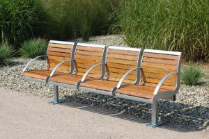 Sitzbank -Freelax- mit Rückenlehne, aus Stahl, Sitz- und Rückenfläche aus PAG-Holz