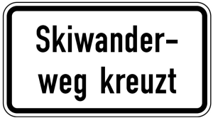 Verkehrszeichen 1007-56 StVO, Skiwanderweg kreuzt (Maße/Folie/Form:  <b>231x420mm</b>/RA1/Flachform 2mm (Art.Nr.: 1007-56-111))