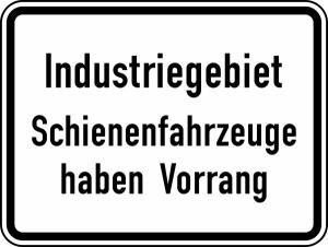 Verkehrszeichen 1008-32 StVO, Industriegebiet Schienenfahrzeuge haben Vorrang (Folie/Form: RA1/Flachform 2mm (Art.Nr.: 1008-32-211))