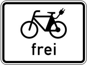 Verkehrszeichen 1022-13 StVO, E-Bikes frei (Maße/Folie/Form:  <b>315x420mm</b>/RA1/Flachform 2mm (Art.Nr.: 1022-13-111))