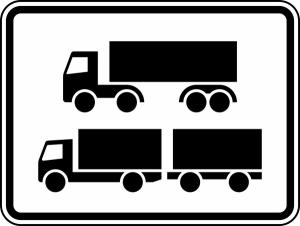 Verkehrszeichen 1048-15 StVO, Nur Sattelkraftfahrzeuge und Lastkraftwagen mit Anhänger (Maße/Folie/Form:  <b>315x420mm</b>/RA1/Flachform 2mm (Art.Nr.: 1048-15-111))