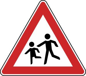 Verkehrszeichen 136-10 StVO, Kinder (Aufstellung rechts) (Seitenlänge/Folie/Form:  <b>630 mm</b> / RA1 / Flachform 2 mm (Art.Nr.: 136-10-111))