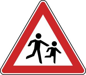 Verkehrszeichen 136-20 StVO, Kinder (Aufstellung links) (Seitenlänge/Folie/Form:  <b>630 mm</b> / RA1 / Flachform 2 mm (Art.Nr.: 136-20-111))