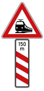 Verkehrszeichen 156-21 StVO, Bahnübergang mit dreistreifiger Bake, mit Meterangabe (Seitenlänge Gefahrenzeichen/Form/Folie:  <b>630 mm</b>/Flachform/2mm/RA1 (Art.Nr.: 156-21-111))
