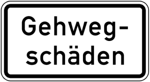 Verkehrszeichen 2009 StVO, Gehwegschäden (Maße/Folie/Form:  <b>231x420mm</b>/RA1/Flachform 2mm (Art.Nr.: 2009-111))