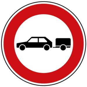Verkehrszeichen 257-56 StVO, Verbot für Personenkraftwagen mit Anhänger (Durchmesser/Folie/Form:  <b>420mm</b>/RA1/Flachform 2mm (Art.Nr.: 257-56-111))