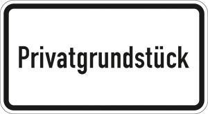 Verkehrszeichen 2822 StVO, Privatgrundstück (Maße/Folie/Form:  <b>231x420mm</b>/RA1/Flachform 2mm (Art.Nr.: 2822-111))