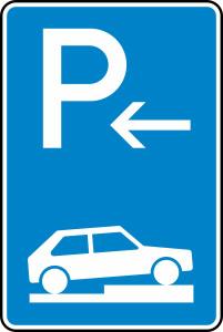 Verkehrszeichen 315-76 StVO, Parken auf Gehwegen halb quer zur Fahrtr. rechts (Anfang) (Höhe x Breite:  <b>630x420mm</b>/RA1/Flachform 2mm (Art.Nr.: 315-76-111))