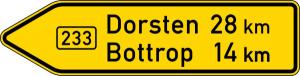 Verkehrszeichen 415-10 StVO, Pfeilwegweiser auf Bundesstraßen, linksweisend, Höhe 600 mm, einseitig, Schrifthöhe 140 mm, zweizeilig (Länge/Folie/Form:  <b>2000mm</b>/RA1/Flachform 3mm (Art.Nr.: 415-10-7-513))