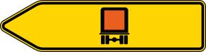 Verkehrszeichen 421-11 StVO, Pfeilwegweiser für kennzeichnungspfl. Fahrzeuge m. gef. Gütern, linksweisend, einseitig (Folie/Form: RA1/Flachform 2mm (Art.Nr.: 421-11-111))