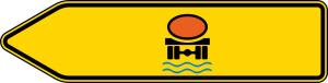 Verkehrszeichen 421-12 StVO, Pfeilwegweiser für Fahrzeuge m. wassergef. Ladung, linksweisend, einseitig (Folie/Form: RA1/Flachform 2mm (Art.Nr.: 421-12-111))