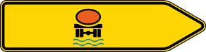 Verkehrszeichen 421-22 StVO, Pfeilwegweiser für Fahrzeuge m. wassergef. Ladung, rechtsweisend, einseitig (Folie/Form: RA1/Flachform 2mm (Art.Nr.: 421-22-111))