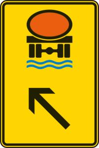 Verkehrszeichen 422-15 StVO, Wegweiser für Fahrzeuge mit wassergefährdender Ladung (links) (Maße/Folie/Form:  <b>630x420mm</b>/RA1/Flachform 2mm (Art.Nr.: 422-15-111))