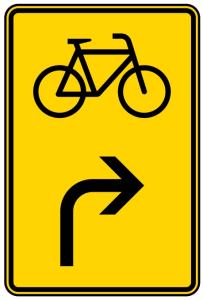 Verkehrszeichen 442-23 StVO, Vorwegweiser für Radverkehr rechtsweisend (Maße/Folie/Form:  <b>630x420mm</b>/RA1/Flachform 2mm (Art.Nr.: 442-23-111))