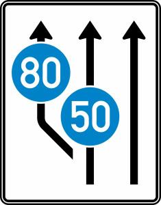 Verkehrszeichen 545-11 StVO, Aufweitungstafel ohne Gegenverkehr (Folie/Entfernungsangabe/Maße(HxB): RA1/Flachform 2mm<br> <b>ohne Entfernungsangabe</b><br>1600x1250mm (Art.Nr.: 545-11-111))