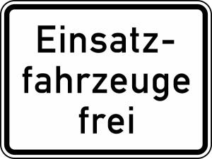 Verkehrszeichen StVO, Einsatzfahrzeuge frei Nr. 1026-33 (Ma&szlig;e/Folie/Form:  <b>315x420mm</b>/RA1/Flachform 2mm (Art.Nr.: 1026-33-111))