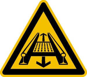 Warnschild, Warnung vor Gefahren durch eine Förderanlage im Gleis (Material: Alu, geprägt (Art.Nr.: 11.0231))