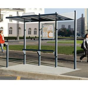 Wartehalle -Time- mit Fahrplanschaukasten und Haltestellenschild