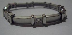 Armband silberfarb. mit Strass Modeschmuck