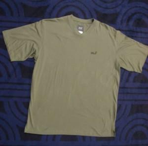 Jack Wolfskin V-Neck T-Shirt (Bitte wählen: L)