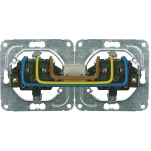 Opus-Quick  Steckdose, 2-fach 10/16A,250V,50Hz, Steckklemmen
