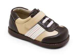 See Kai Run modischer Lauflerner Modell EMILIO im Sneaker-Look in braun/beige Gr. 20 fällt eher knapp aus! (Emilio: Gr. 20)
