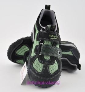 Superfit Sneaker schwarz/grün mit Goretex-Membrane Gr.  35 (Sneaker 6-361-02: Gr. 35)