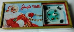 Miniatur Spieluhr mit bewegter Szene in Streichholzschachtel (Melodienauswahl: Jingle Bells)