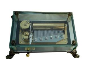Kristallglas Spieluhr 50tönig- Rhymes