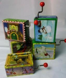 Handkurbel-Spielwerk in fester Ummantelung, Weihnachts-Collektion (Melodien Auswahl: Deck The Halls (froh zu sein bedarf es wenig...))