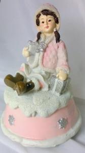 Winter Deco - Kind auf Spieluhr (Farbe: Mädchen rosa)