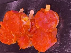 Schweinefiletspieße mit Steak-Pfeffer-Marinade (Schweinefiletspieß: 4 x Schweinefiletspieß mit Steakpfeffer ca. 120gr)