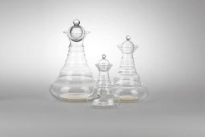 Wasserkaraffe Alladin für energetisches Wasser (Alladin Karaffe: Galileo Edition (1,3l; mit Behälter für Edelsteine am Boden))