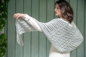 Rosy Green Wool Anleitung - Tuch Dunst von Jana Huck
