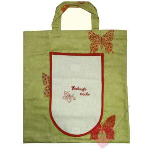 Handgenähte, faltbare Einkaufstasche mit Schmetterling